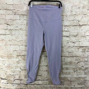 Old navy active go-dry capri lavender leggings med